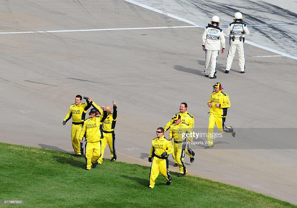 NASCAR: MAR 05 Sam's Town 300 : News Photo