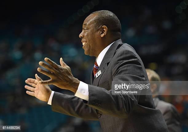 Washington State head coach Ernie Kent during the Pac-12 Men's Basketball Tournament game between the California Golden Bears and the Washington...