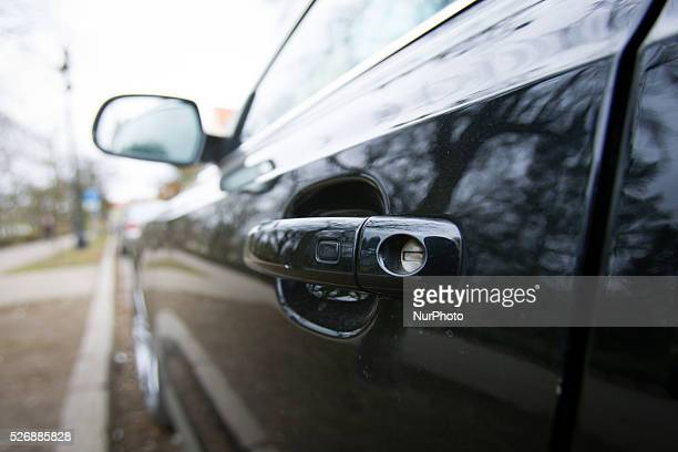 March 2016 Audi is one of 19 brands which are susceptible to car theft by amplifier attacks By adjusting the cars radio frequency the locking...