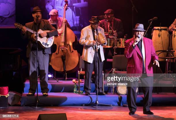 The singer Rene Perez Azcuy of 'The Bar at Buena Vista Grandfathers of Cuban Music' performs with his band on the stage of the Friedrichstadtpalast...