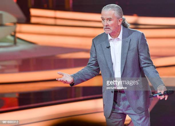 March 2018, Germany, Hof: The actor Patrick Duffy emerges on the stage at the gala 'Willkommen bei Carmen Nebel' on the ZDF channel. The show can be...
