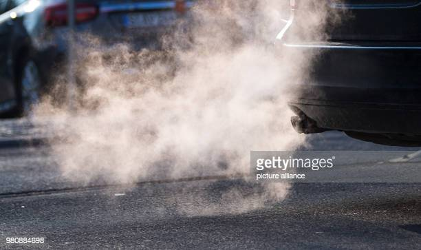 Exhaust fumes coming from the exhaust pipe of a car The threshold values of 50 micro grams of fine dust per cubic metre of air in the inner city have...