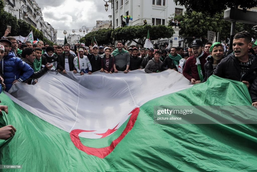 DZA: Demonstrations in Algiers