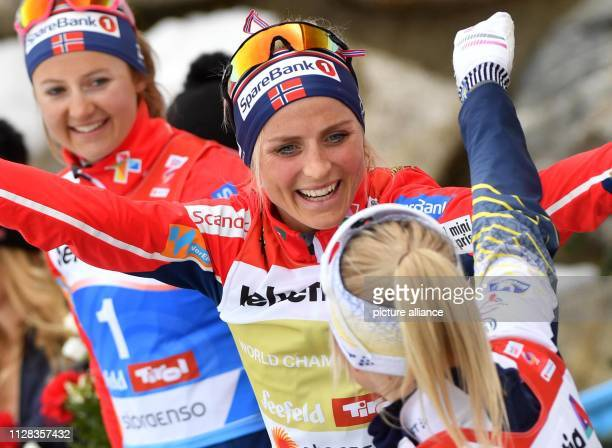 Nordic skiing world championship crosscountry 30 km mass start freestyle ladies Second placed Ingvild Flugstad stberg from Norway winner Therese...