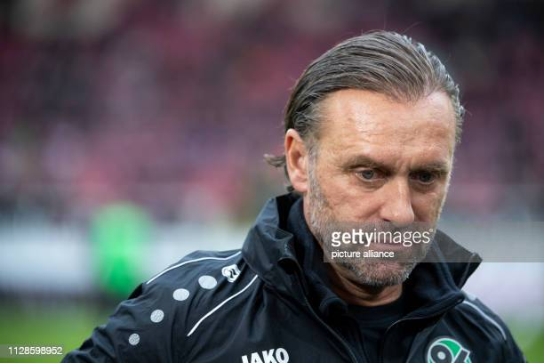 03 March 2019 BadenWuerttemberg Stuttgart Soccer Bundesliga VfB Stuttgart Hannover 96 24th matchday in the MercedesBenz Arena Hanover coach Thomas...