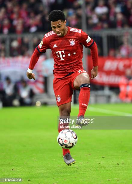 Serge Gnabry from FC Bayern Photo Peter Kneffel/dpa IMPORTANT NOTE In accordance with the requirements of the DFL Deutsche Fußball Liga or the DFB...