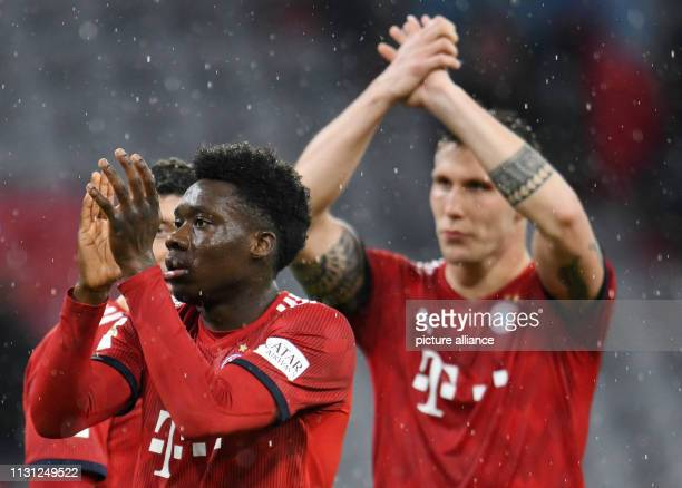 Soccer Bundesliga FC Bayern Munich FSV Mainz 05 26th matchday in the Allianz Arena Alphonso Davies of FC Bayern Munich thanks the fans after the...