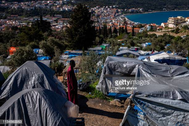 The most primitive dwellings made of plastic tarpaulins determine the picture in the refugee camp on the Greek island of Samos Around 4500 refugees...