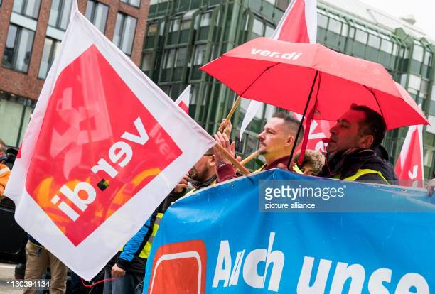 Workers in the baggage and aircraft handling department at Hamburg Airport are taking part in a rally organised by the Verdi trade union in the city...