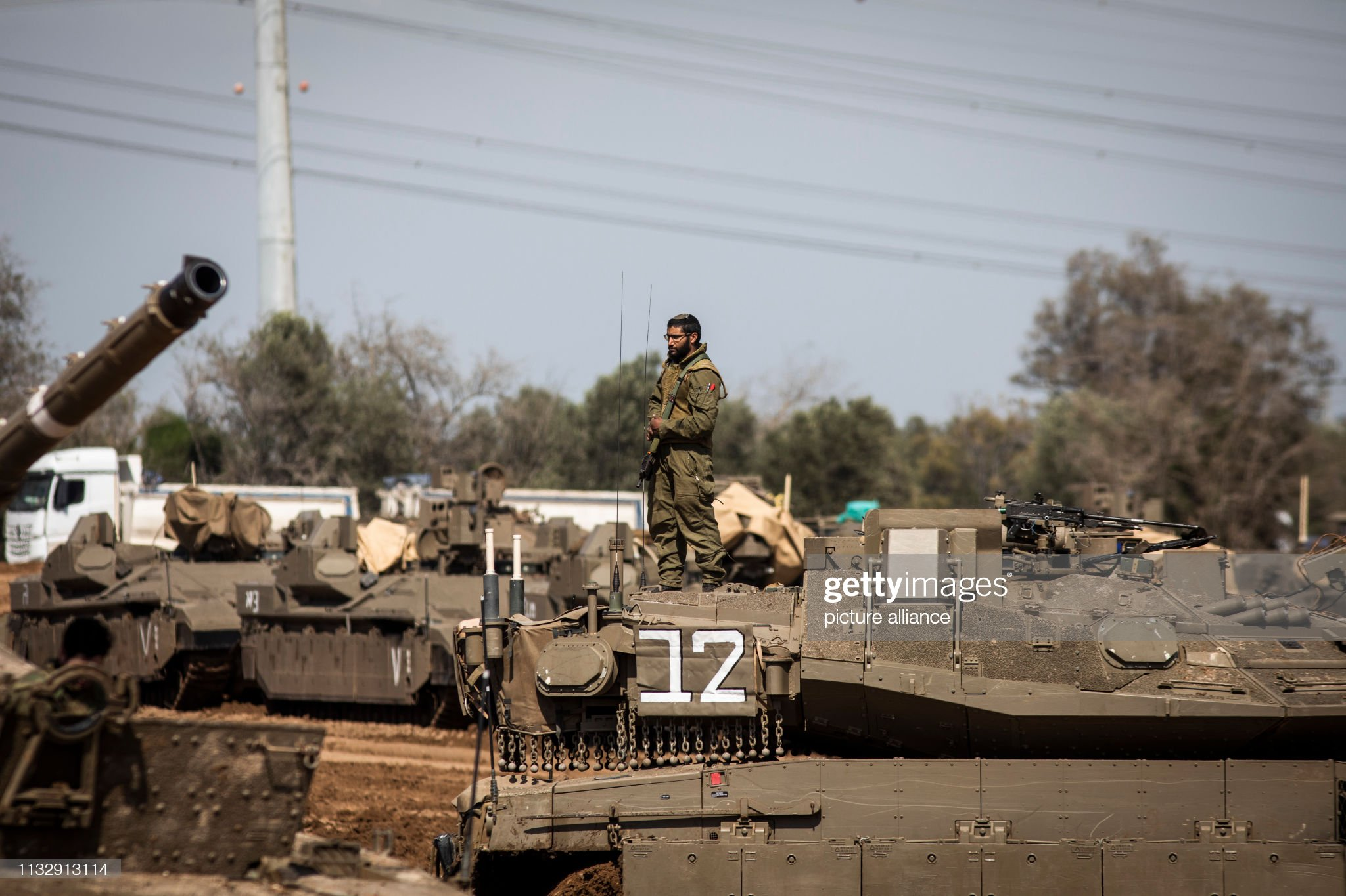 https://media.gettyimages.com/photos/march-2019-israel-ashkelon-israeli-tanks-and-armoured-personnel-seen-picture-id1132913114?s=2048x2048