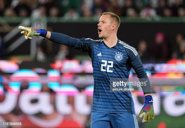 Soccer International match Germany Serbia in the Volkswagen Arena Germany's goalkeeper MarcAndre ter Stegen gives instructions IMPORTANT NOTE In...