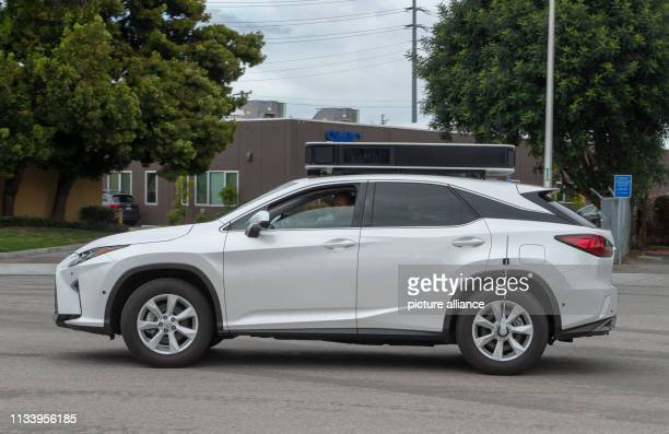 March 2019, US, Santa Clara: A Lexus SUV converted by Apple into a robot car is on its way on a test drive. Photo: Andrej Sokolow/dpa