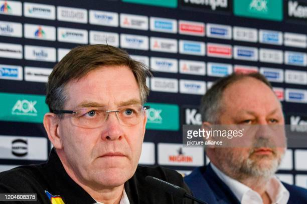 March 2020, Berlin: Alfred Gislason , new national coach of the German national handball team, and Andreas Michelmann, DHB president, sit on the...