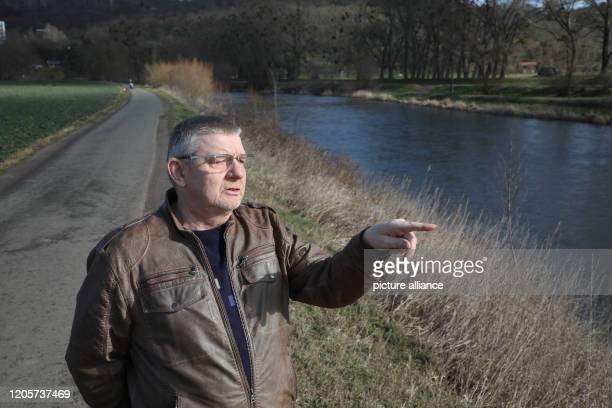 Tilo Wetzle coordinator of the White Elster river landscape of the NaturFreunde Deutschlands stands on the edge of the White Elster The White Elster...