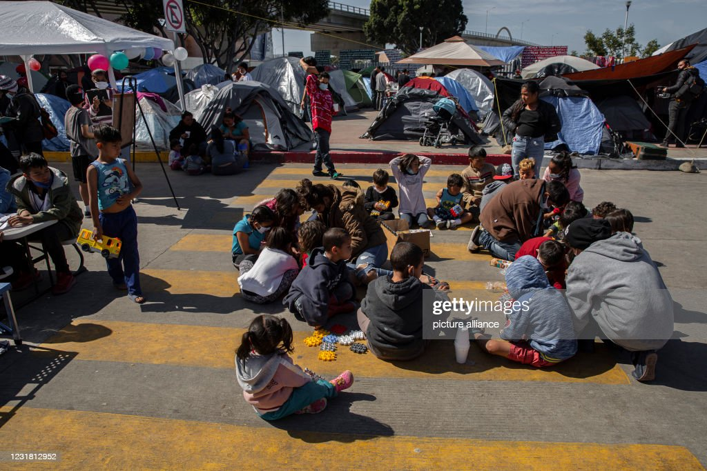 Migration at the border between Mexico and the USA : ニュース写真