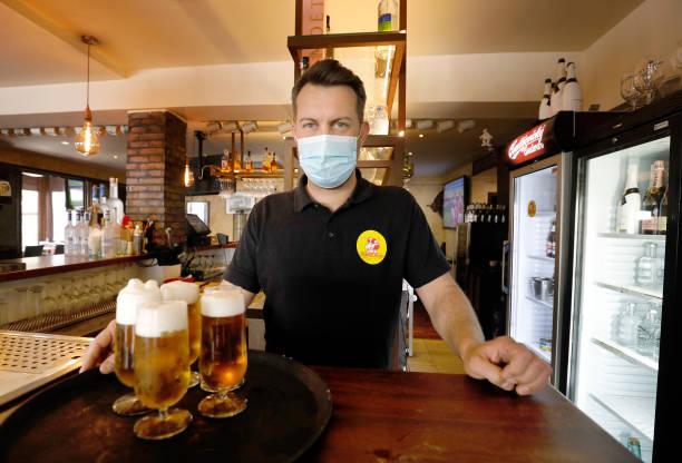 ESP: Mallorca's Inns Reopen