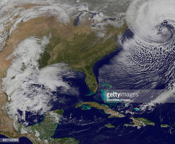 World\'s Best Satellite Weather Images Stock Pictures, Photos ...