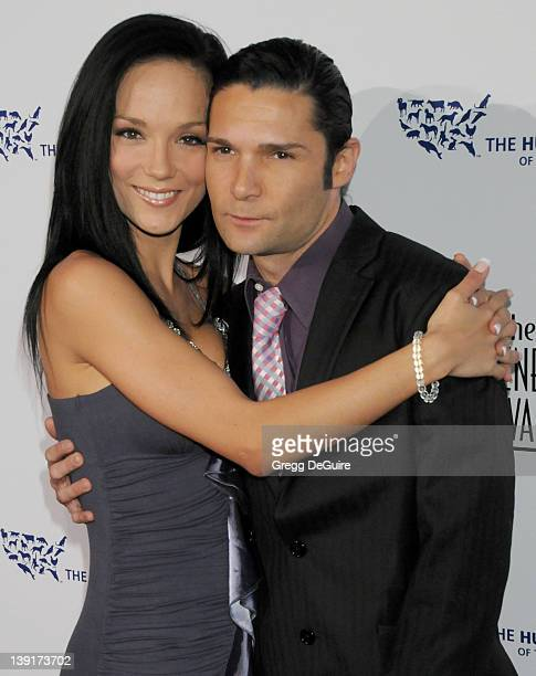 March 28 2009 Beverly Hills Ca Corey Feldman and wife Susie Feldman The 23rd Annual Genesis Awards Held at The Beverly Hilton Hotel