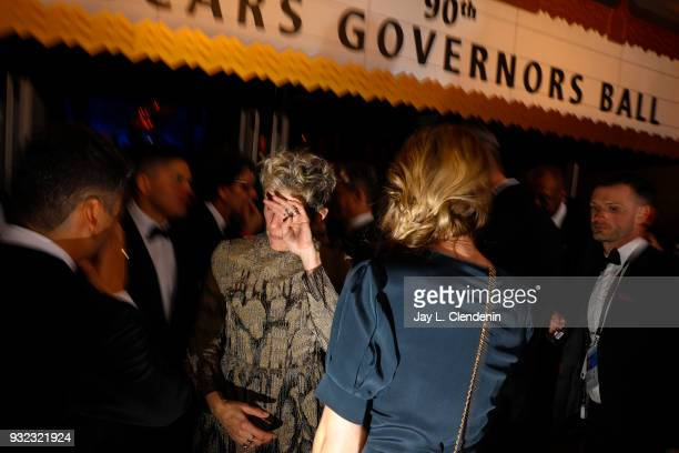 HOLLYWOOD CA March 4 2018Best Actress Oscar winner Frances McDormand center talks with Oscar Isaac and Elvira Lind about not being able to find her...