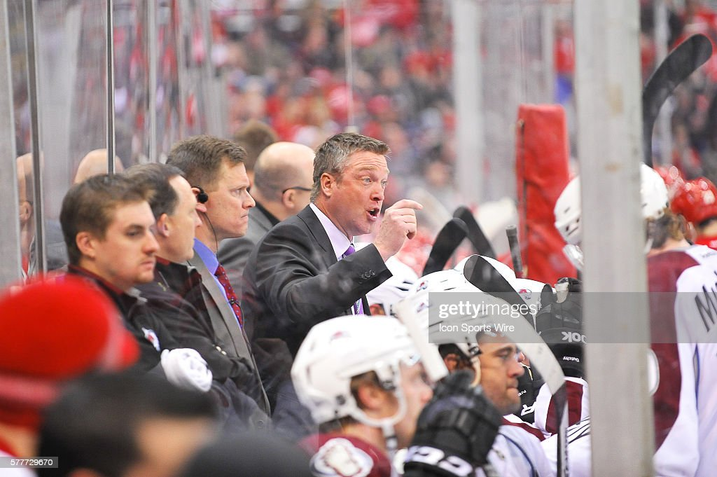MAR 06 Avalanche at Red Wings : News Photo