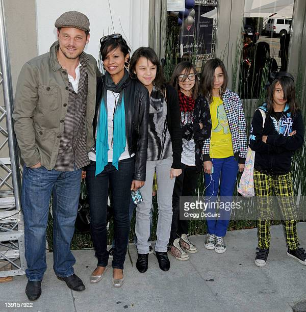 March 8 2009 West Hollywood Ca Justin Chambers wife Keisha Chambers and children John Varvatos 7th Annual Stuart House Benefit Held at the John...