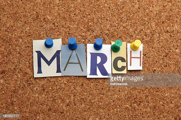 Marquée avec un pin sur noticeboard mars