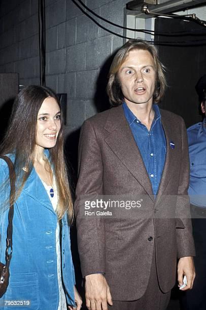 Marcheline Bertrand and Jon Voight