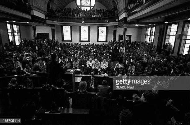 Marches For Civil Rights In Selma, Alabama. Alabama, Selma- 12 Mars 1965- Marches pour les droits civiques: dans une église, Jesse JACKSON prononce...