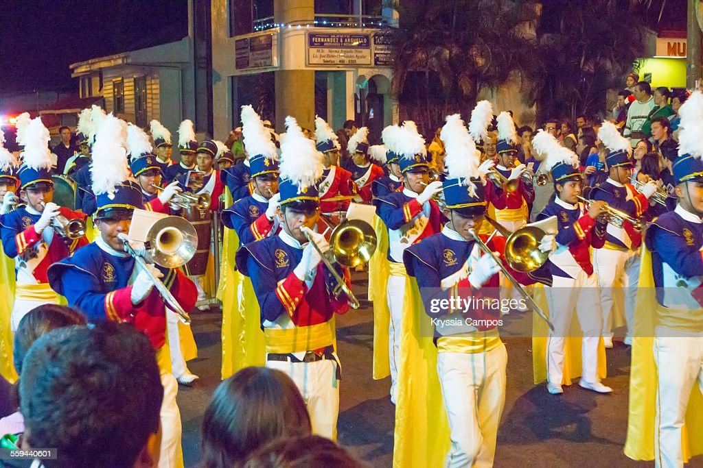 Marching Bands : News Photo
