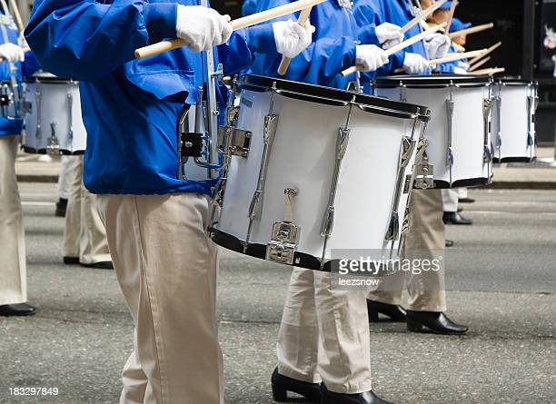 marching band drummers - parade stock pictures, royalty-free photos & images