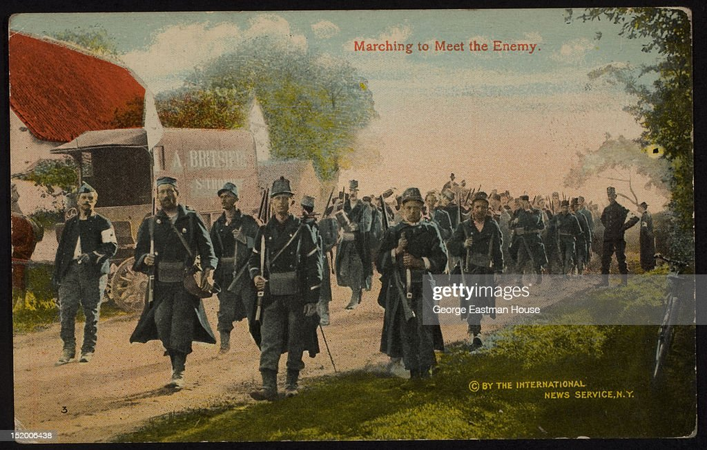 Marching To Meet The Enemy : News Photo