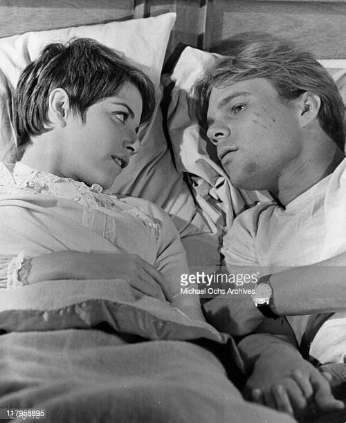 Marcia Strassman in bed with Kent Lane in a scene from the film 'Changes' 1969