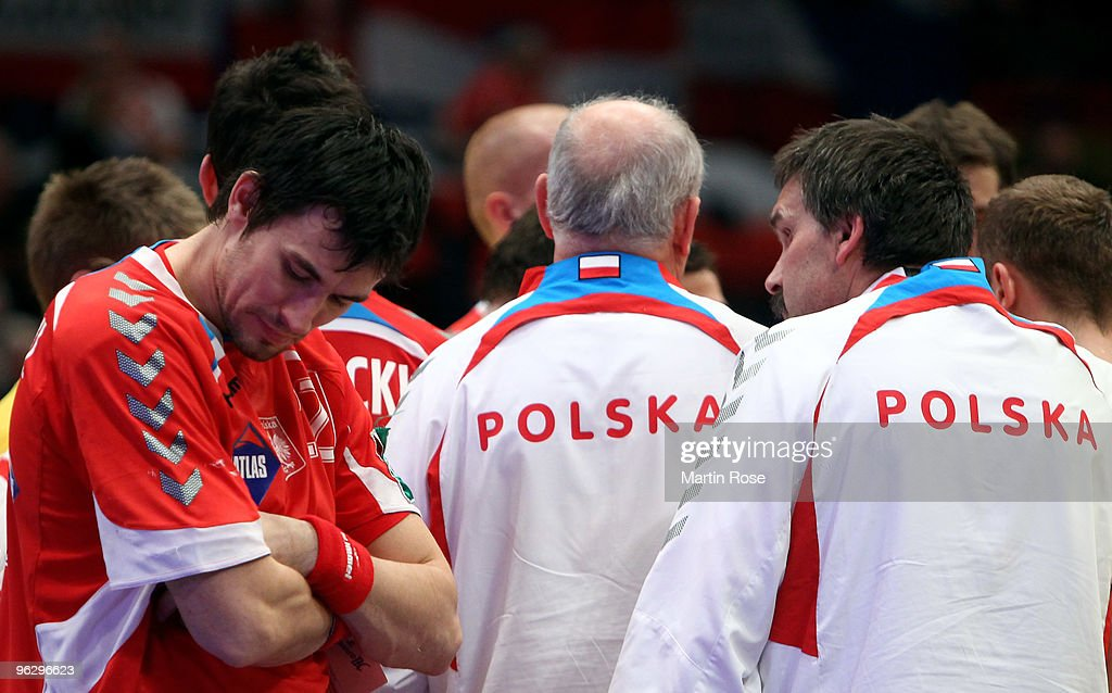 Iceland v Poland - Men's European Handball Championship 2010