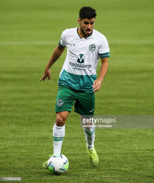 Marcinho of Goias runs with the ball during the match between Palmeiras and Goias as part of the 2020 Brasileirao Series A at Arena Palmeiras on...