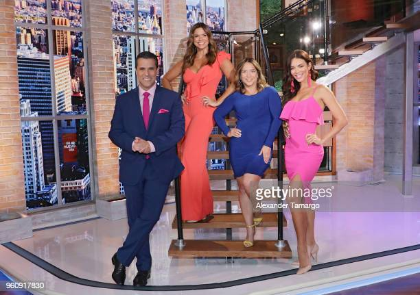 Marco Antonio Regil Rashel Diaz Adamari Lopez and Zuleyka Rivera on the new set of 'Un Nuevo Dia' at Telemundo Center on May 21 2018 in Doral Florida