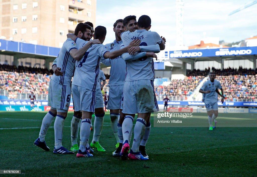 SD Eibar v Real Madrid CF - La Liga : Fotografía de noticias