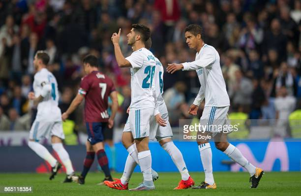 Marco Asensio of Real Madrid CF celebrates after scoring his teamÕs 2nd goal during the La Liga match between Real Madrid and Eibar at Estadio...