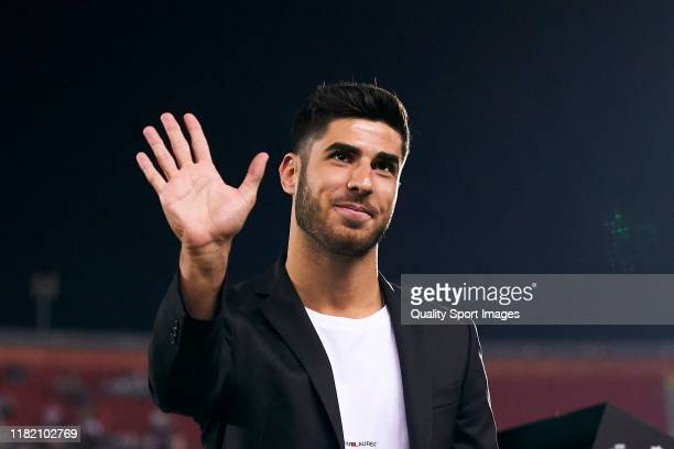Marco Asensio of Real Madrid CF looks on prior to the Liga match between RCD Mallorca and Real Madrid CF at Iberostar Estadi on October 19, 2019 in...