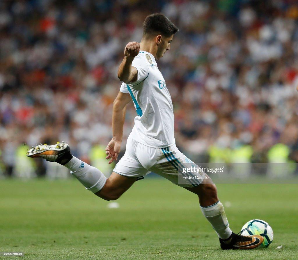 Real Madrid v Valencia - La Liga : News Photo