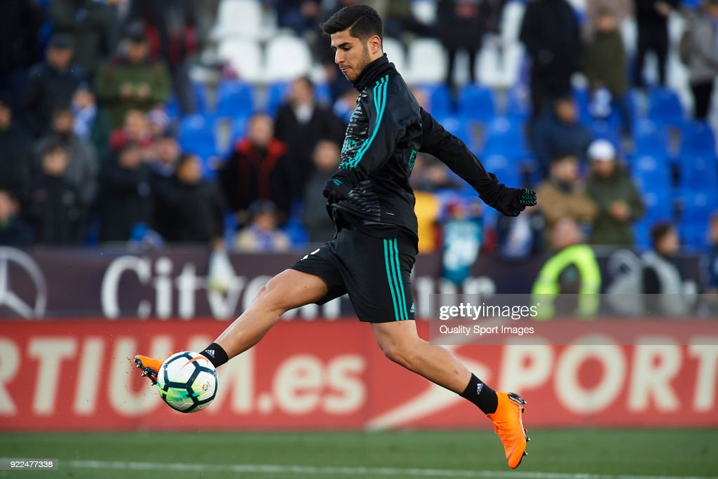 Marco Asensio of Real Madrid warms up prior to the La Liga match between CD Leganes and Real Madrid at Estadio Municipal de Butarque on February 21, 2018 in Leganes, Spain.Ê