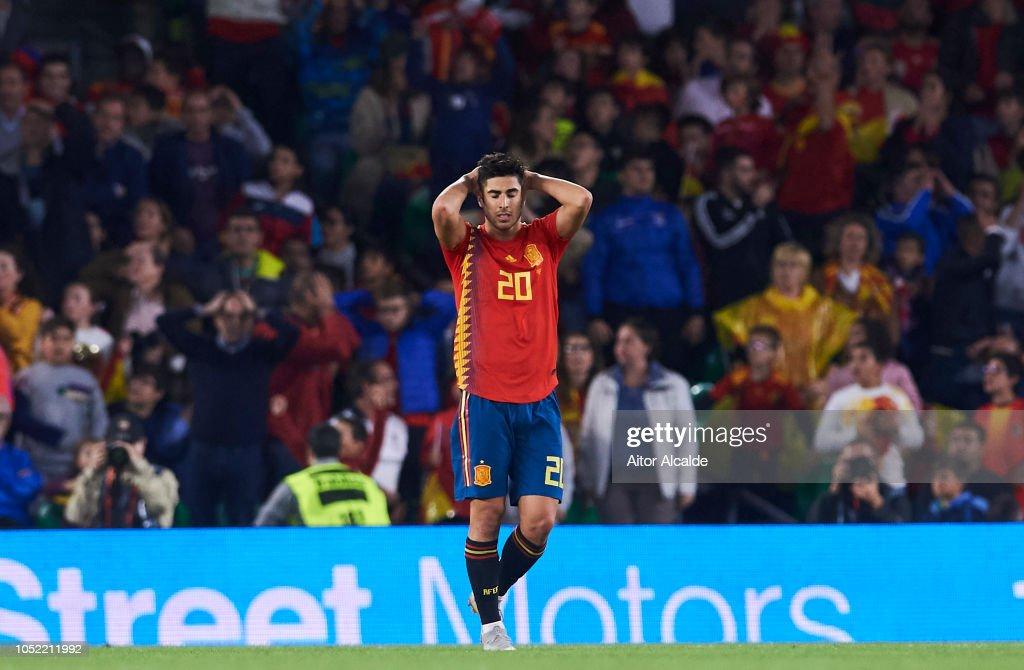 Spain v England - UEFA Nations League A : Fotografía de noticias