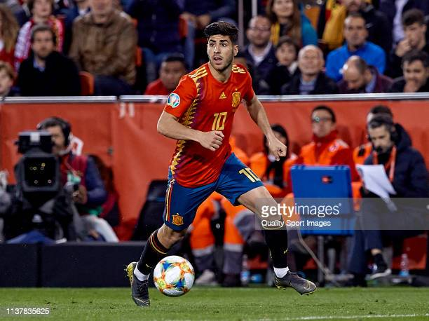 Marco Asensio of Spain with the ball during the 2020 UEFA European Championships group F qualifying match between Spain and Norway at Estadi de...