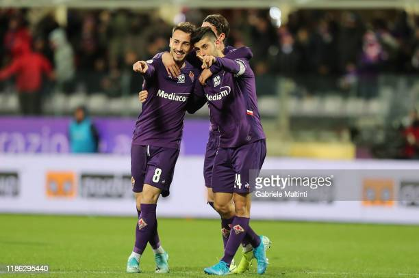 Marco Benassi of ACF Fiorentina celebrates with teammates after scoring a goal during the Coppa Italia match between ACF Fiorentina and AS Cittadella...