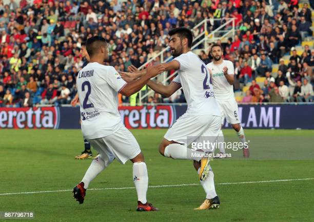 Marco Benassi of Fiorentina celebrates after scoring his team's first goal during the Serie A match between FC Crotone and ACF Fiorentina at Stadio...