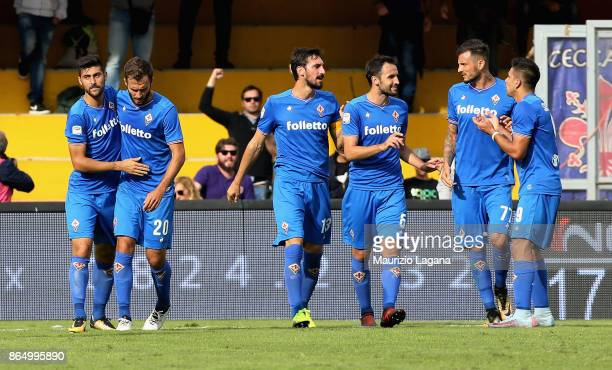 Marco Benassi of Fiorentina celebrates after scoring his team's opening goal during the Serie A match between Benevento Calcio and ACF Fiorentina at...