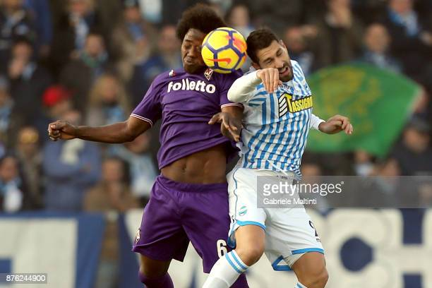 Marco Borriello of Spal battles for the ball with Carlos Sanchez of ACF Fiorentina during the Serie A match between Spal and ACF Fiorentina at Stadio...