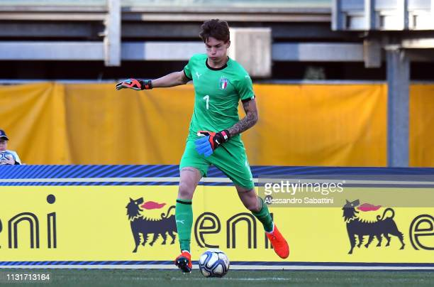 Marco Carnesecchi of Italy U19 in action during the UEFA Elite Round match between Italy U19 and Belgium U19 at Stadio Euganeo on March 20 2019 in...