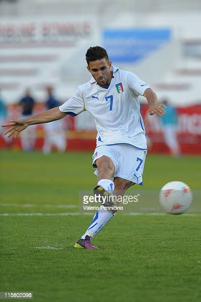 Marco D'Alessandro of Italy scores the winning goal from the penalty spot during the Toulon U21 tournament match between Italy and Mexico at Felix...