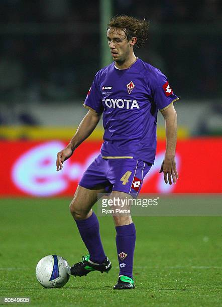 Marco Donadel of Fiorentina in action during the UEFA Cup Quarter Final First Leg match between Fiorentina and PSV Eindhoven at the Artemio Franchi...