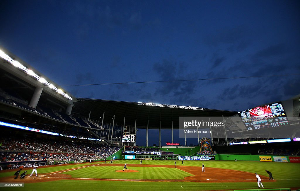 Marco Estrada #41 of the Milwaukee Brewers pitches during a game against the Miami Marlins at Marlins Park on May 23, 2014 in Miami, Florida.